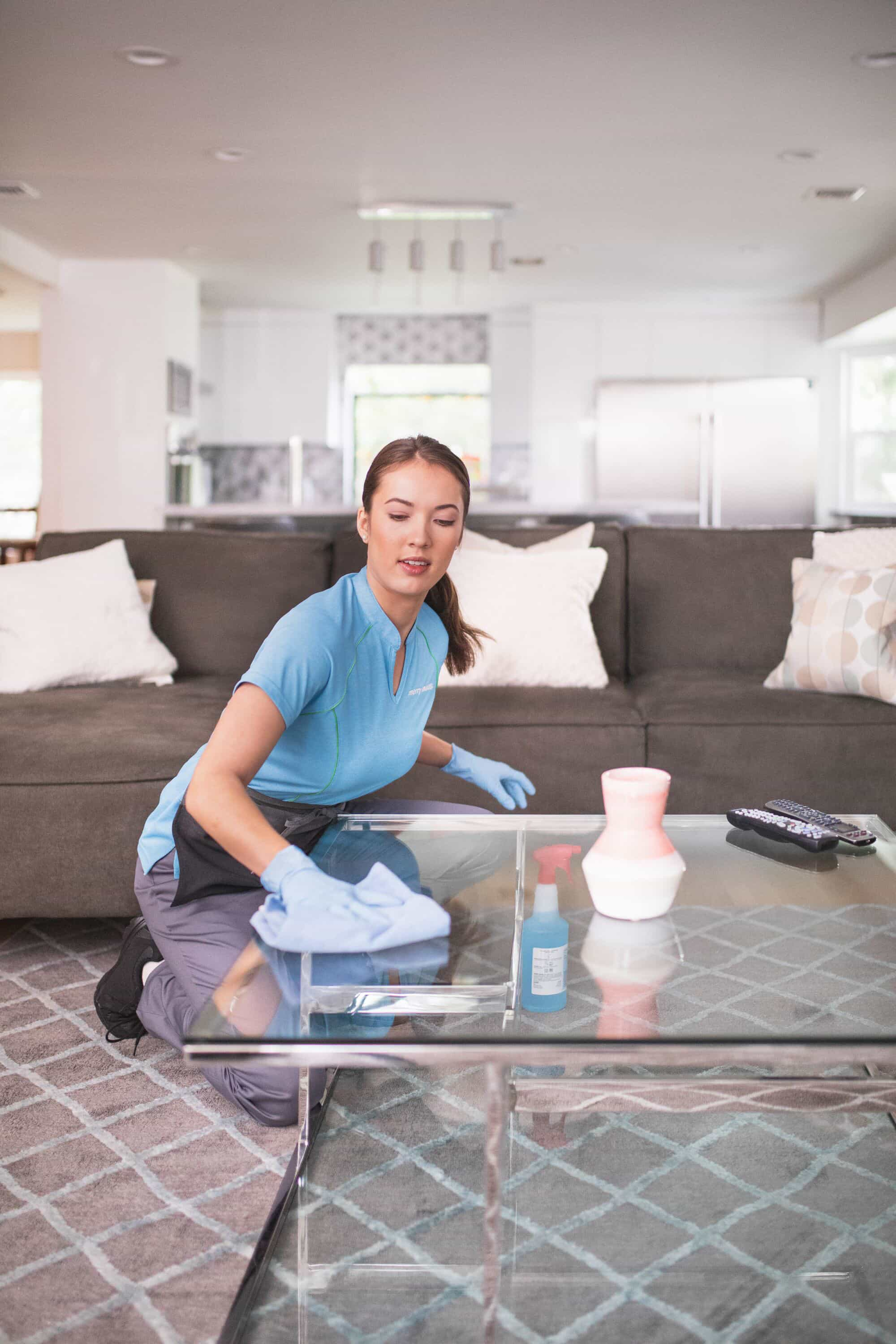 The Best Way To Clean Gl Surfaces Merry Maids