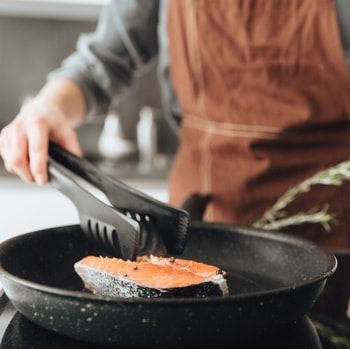 How to Get Rid of Cooking Smells in Your House | Merry Maids